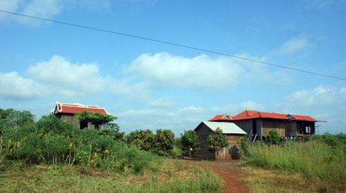 កោះញែក ខេត្តមណ្ឌលគិរី, Koh NheK, Mondulkiri Province